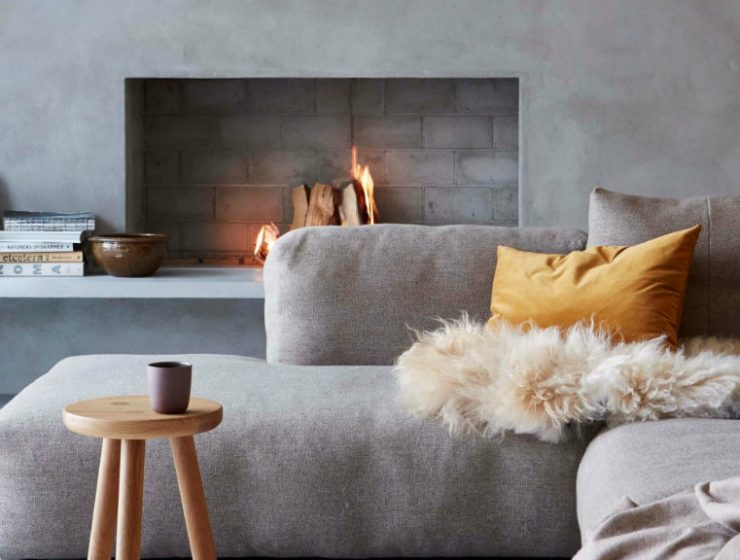 fireplace-living-room-1  10 Amazing Fireplaces that Will Leave You Speechless fireplace living room 1 740x560