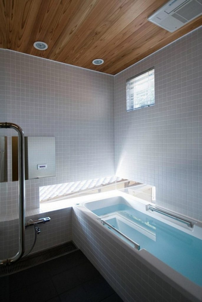 design-minimalist-bathroom3  Design Ideas For Minimalist Bathrooms Design Ideas for Minimalist Bathrooms 3 685x1024
